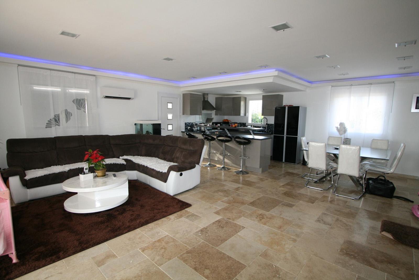 Villa plain pied moderne - Mc immo