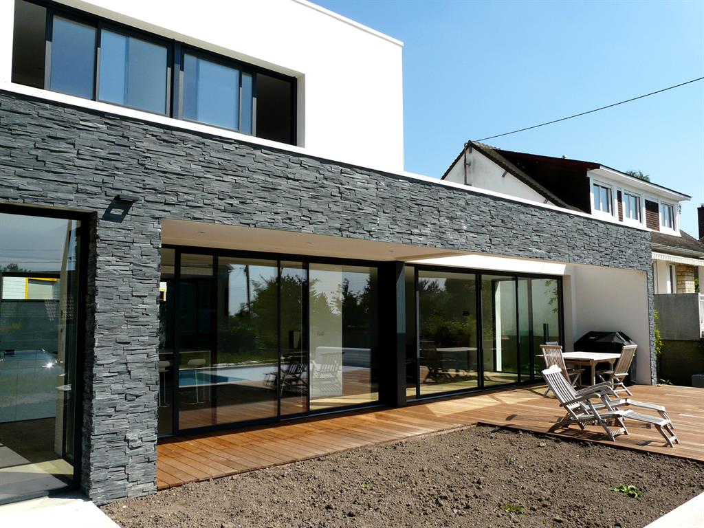 Maisons modernes d architecte mc immo - Maison contemporaine solar solutions design ...