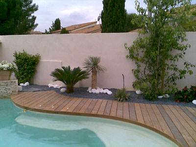 Piscine decoration exterieure