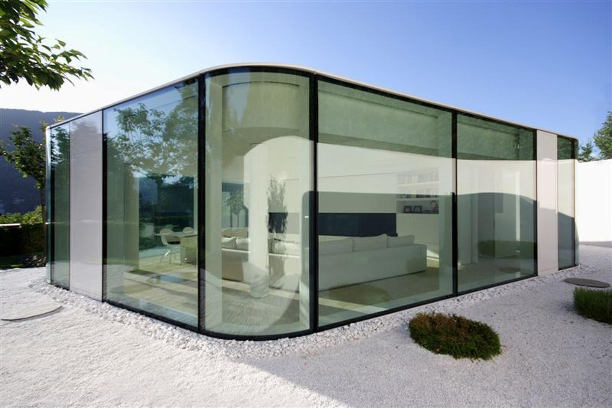 Plan maison villa basse moderne mc immo for Villa basse moderne