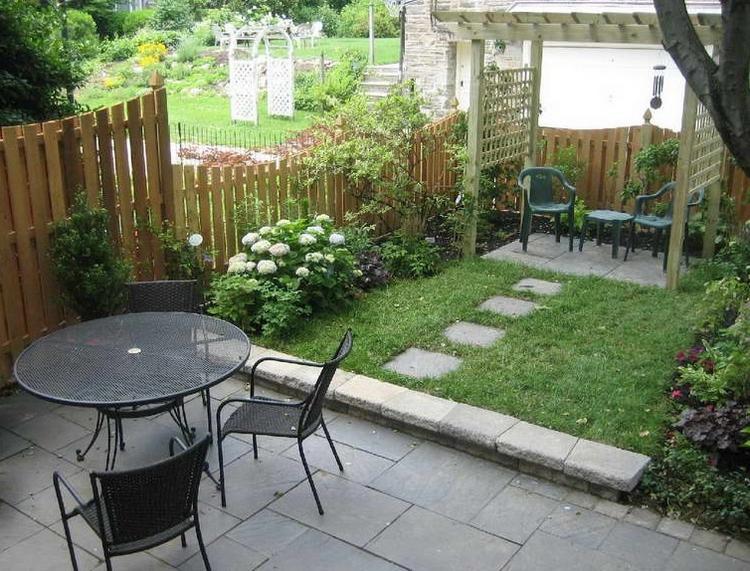 Deco petit jardin terrasse mc immo for Terrasse jardin immobilier