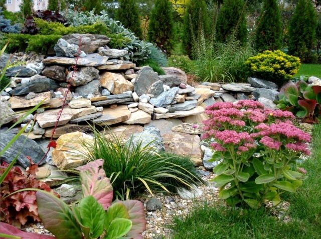Idee deco jardin avec pierres - Mc immo
